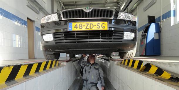 Dovoz automobilu zo zahraničia a účtovníctvo