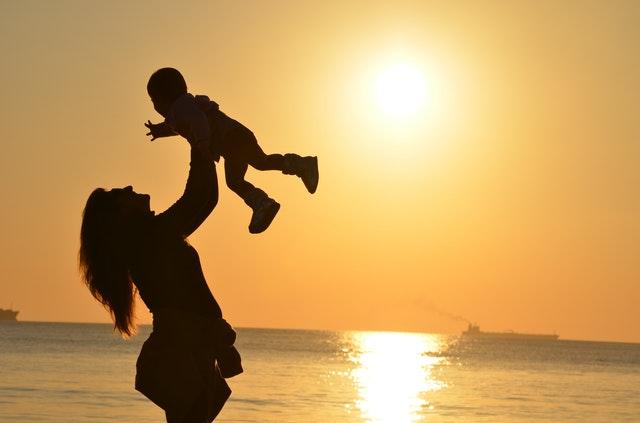 Štandardná dĺžka materskej dovolenky je 34 týždňov